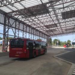 bushalte schiphol hangar