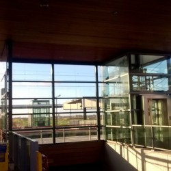 Windscherm station staal constructie geluidscherm